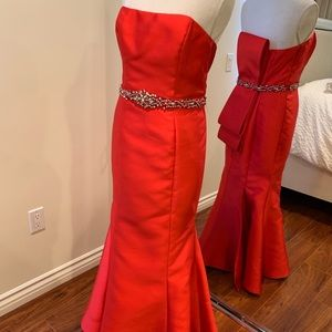 Terani Couture Red Embellished Back Bow Satin 6